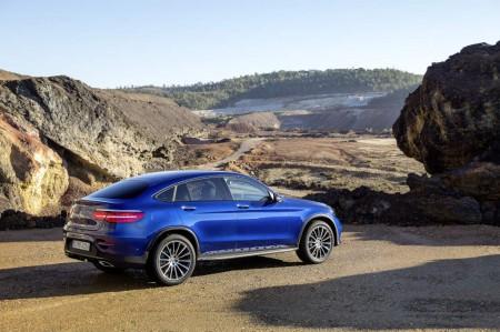 http://mercedesblog.com/wp-content/uploads/2016/03/Mercedes-Benz-GLC-Coup%C3%A9-18-450x299.jpg