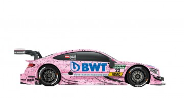 Pink panther – the Mercedes-AMG C 63s in the sponsor's pink color