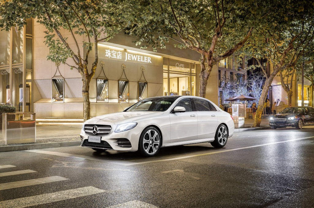 The long-wheelbase E-Class production gets underway in China