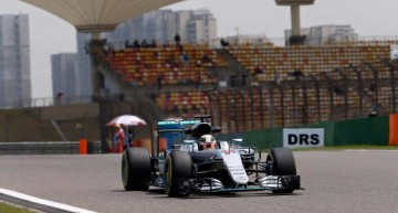China GP – Mercedes driver Nico Rosberg strikes again!