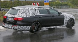 612 PS Mercedes-AMG E 63 Wagon shows its tail lamps for the first time