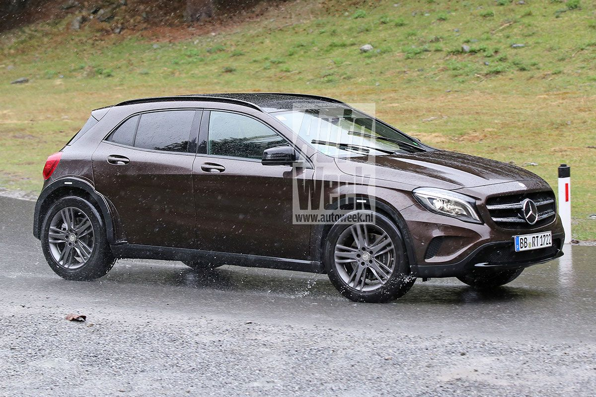 Mercedes Glb Baby G Class 7 Seater Caught Testing