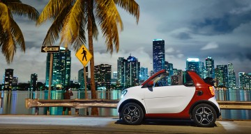 The tiny smart makes it big in America