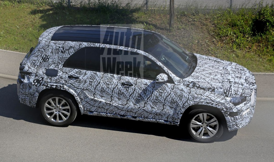 FIRST-EVER SPY PICS show the all-new 2018 Mercedes GLE