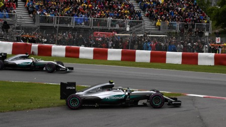 Hamilton wins Canada (2)