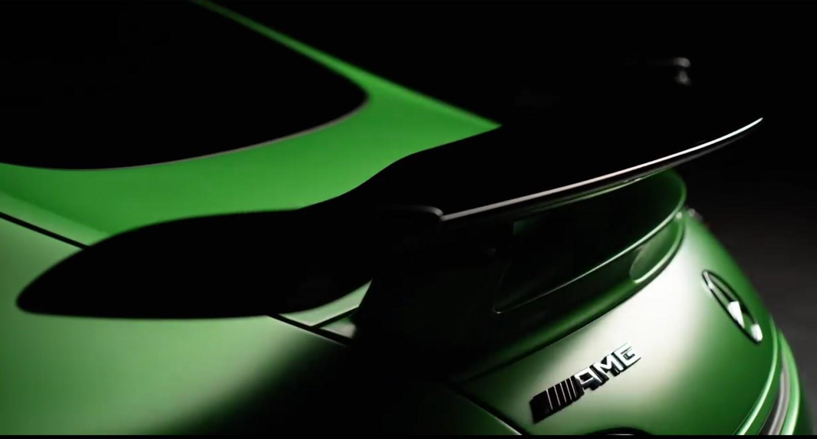 Mercedes-AMG-GT-R-3 (1)