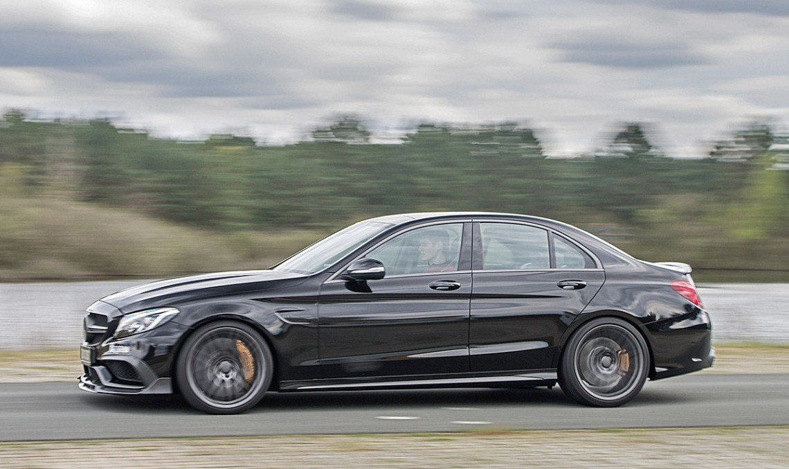 Brabus B40S-650 based on Mercedes-AMG C 63 S tested by Auto Bild
