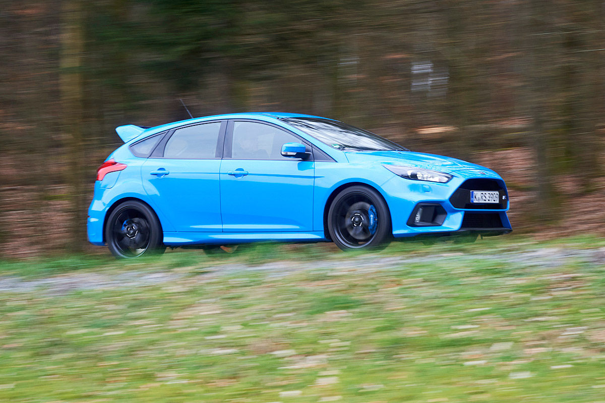mercedes-a45-amg-bmw-m2-focus-rs-rs3 (44)