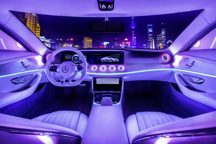 """Double victory for Mercedes-Benz in the """"Red Dot Design Concept Award"""""""