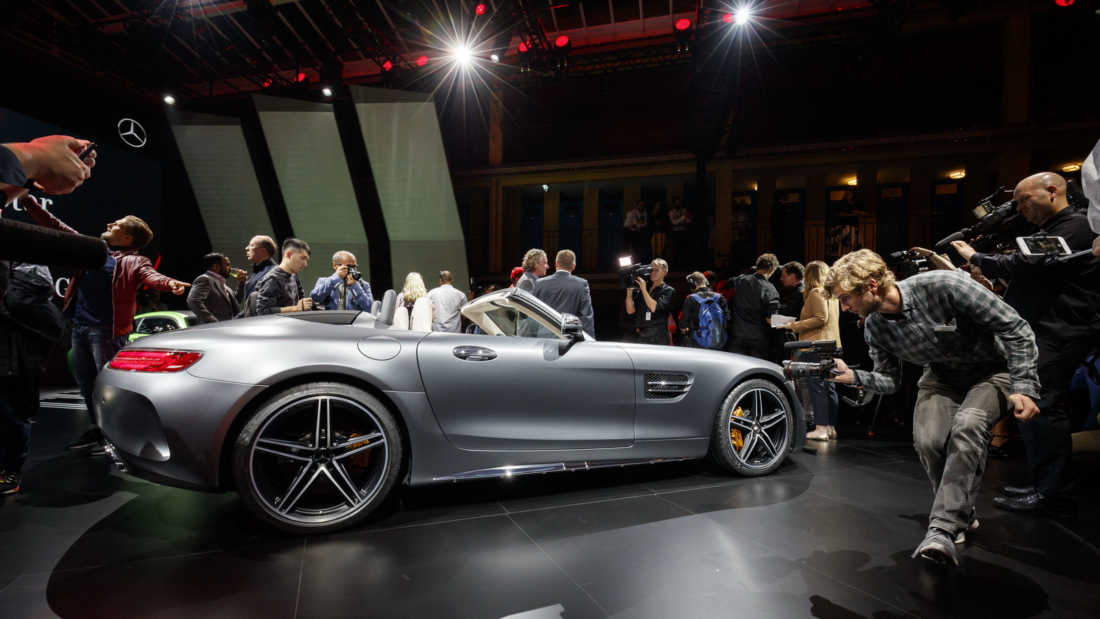 Mercedes-AMG-GTC-Roadster-10