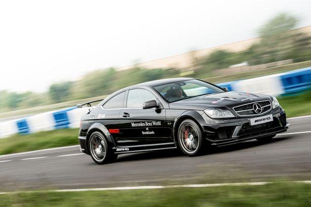 Mercedes-Benz World (2)