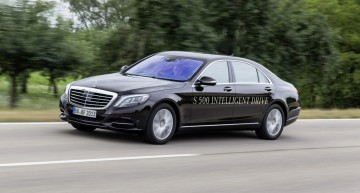 Mercedes-Benz wins prize for autonomous driving technology