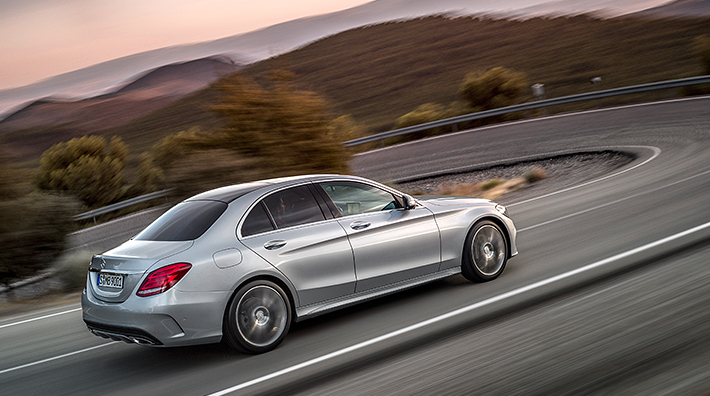 Mercedes-Benz C-Class earns 2016 Top Safety Pick+