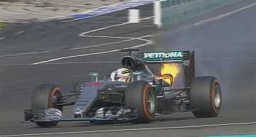 Mercedes drama in Malaysia – Hamilton's engine in flames, Rosberg third