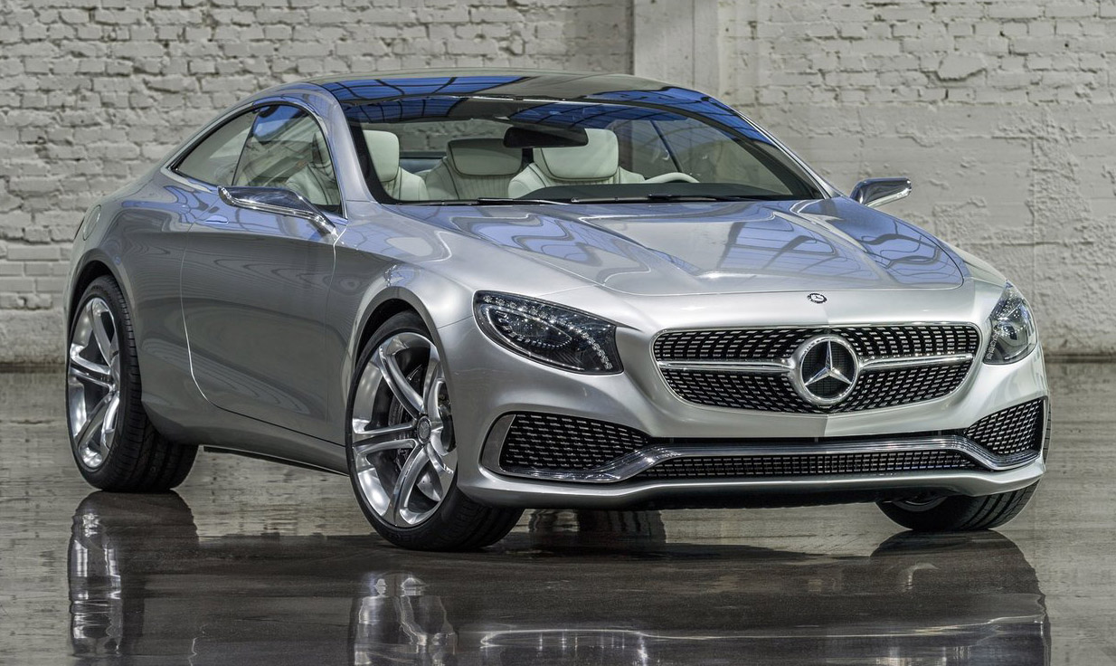 Amazing Swarovski Crystals In The Headlights   Most Identifiable Headlamps On The  Road   MercedesBlog