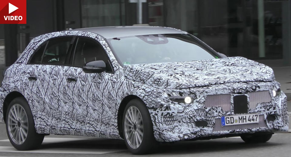 2018 Mercedes A-Class spied in motion – NEW VIDEO