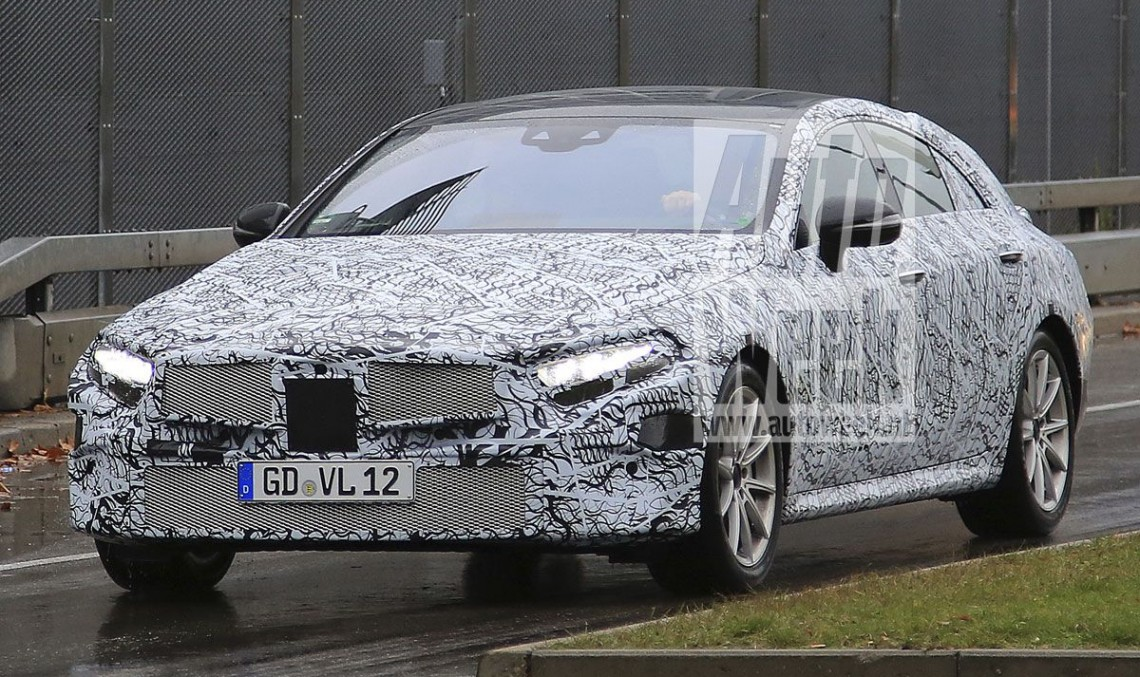 2018 mercedes cls cle revealed in first ever spy pics mercedesblog. Black Bedroom Furniture Sets. Home Design Ideas
