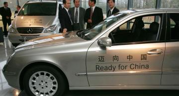 Daimler executive from China fired after parking spot quarrel