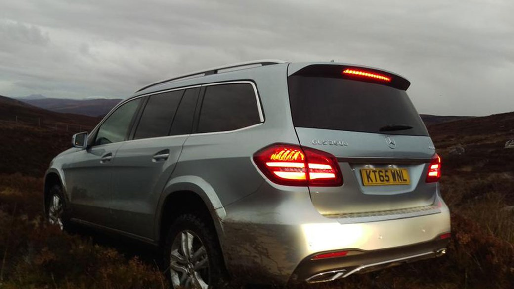 Mercedes-Benz GLS off-road
