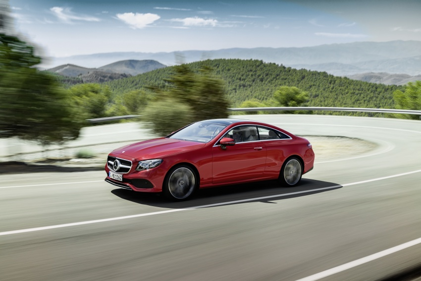 Exciting from every angle – The new Mercedes-Benz E-Class Coupe breaks cover!