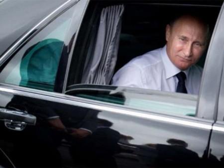Vladimir Putin Mercedes (6)