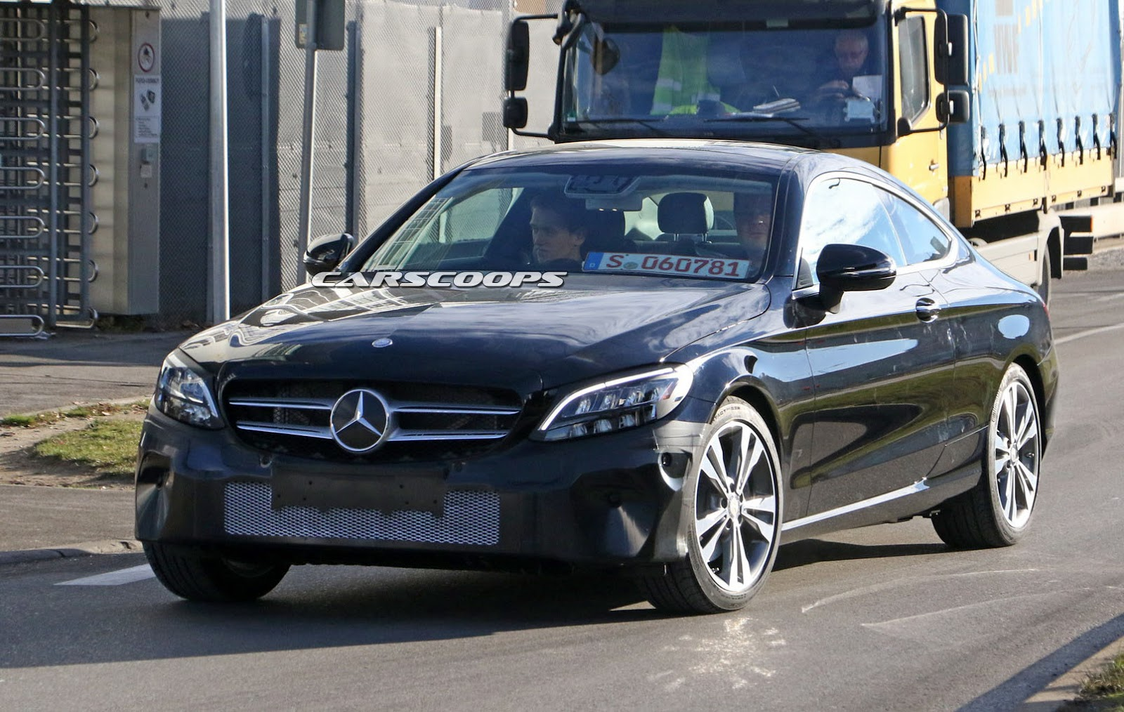Mercedes C Class Coupe Gets Early Facelift First Spy Pics