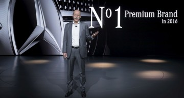 LIVE: Dr. Dieter Zetsche speech at Detroit 2017