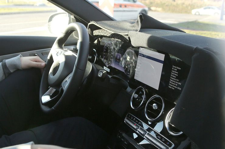 Mercedes C Class Facelift Gets S Class Cockpit First