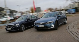 Mercedes C 350 e vs. VW Passat GTE: Mid-class plug-in hybrids in test