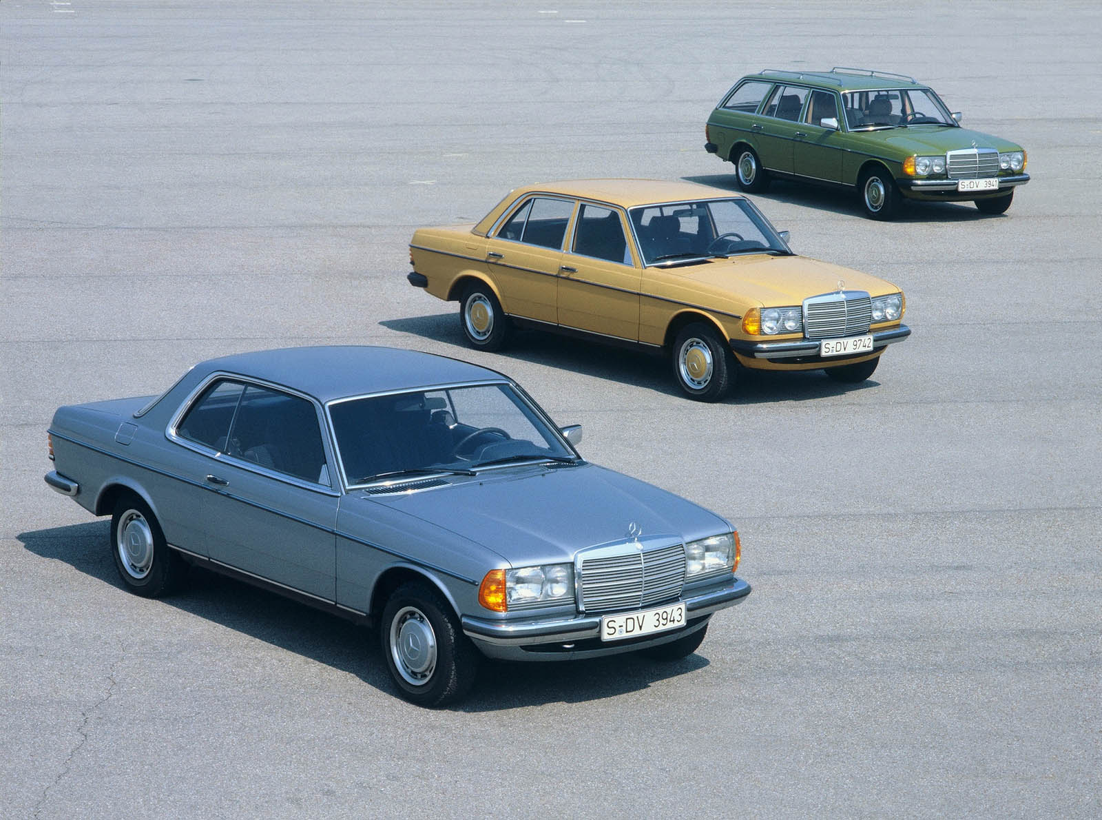 e-class-coupe-c123 (3)