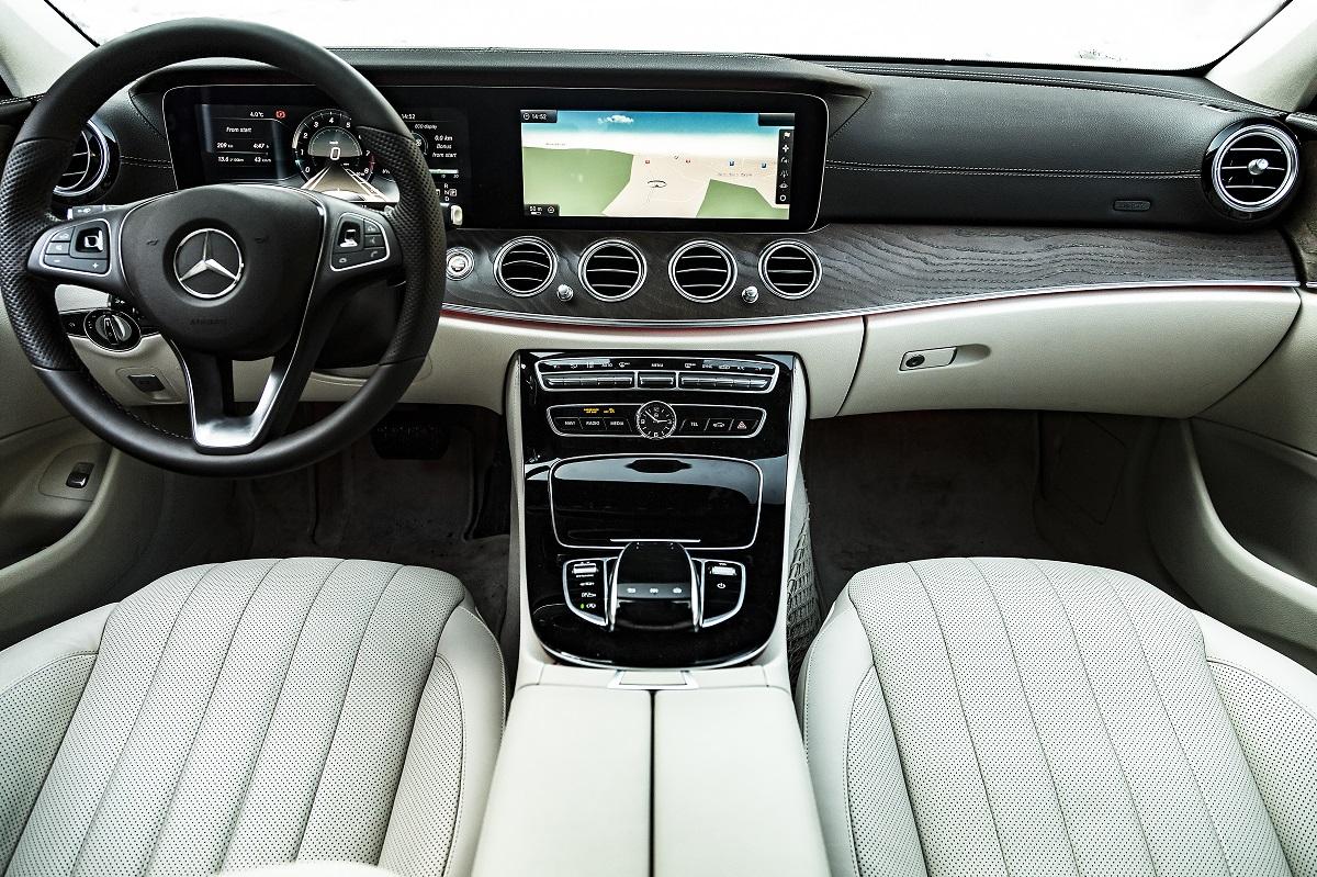 Mercedes-Benz E-Class 5