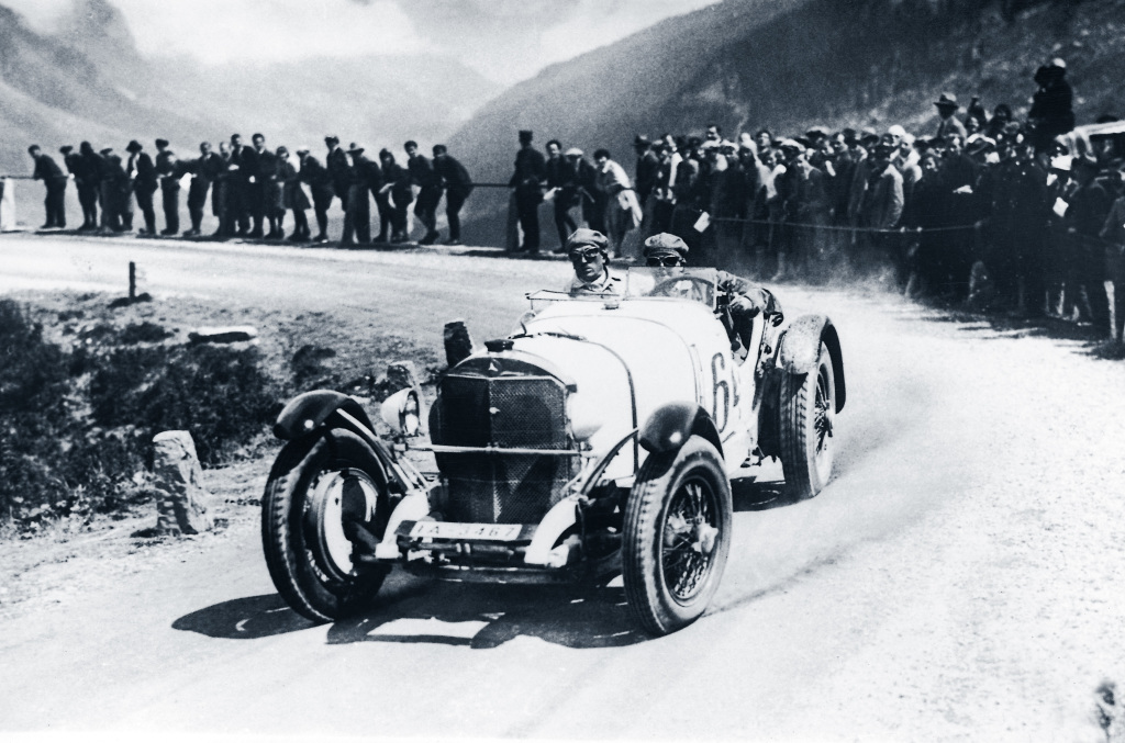 International Klausenpass Race in Switzerland, 9 to 10 August 1930. Rudolf Caracciola (starting number 64) with a Mercedes-Benz model SSK. Caracciola won in the sports car class up to 8-litre displacement and achieved the race´s sports car record.