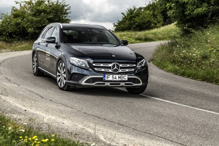 Mercedes-Benz E-Class All-Terrain (8)