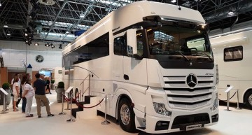 Caravan Salon 2017 – Check out the $800,000 luxury Mercedes truck!