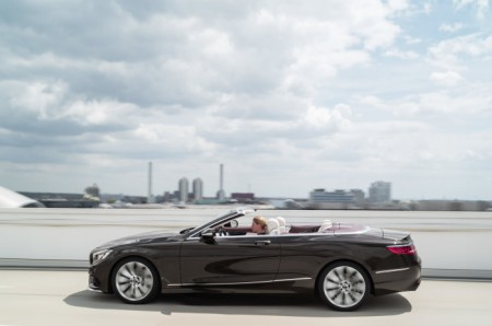 D427830-The-new-S-Class-Coup-and-the-new-S-Class-Cabriolet-Two-dream-cars