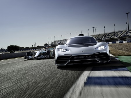 MercedesAMG-Project One-11