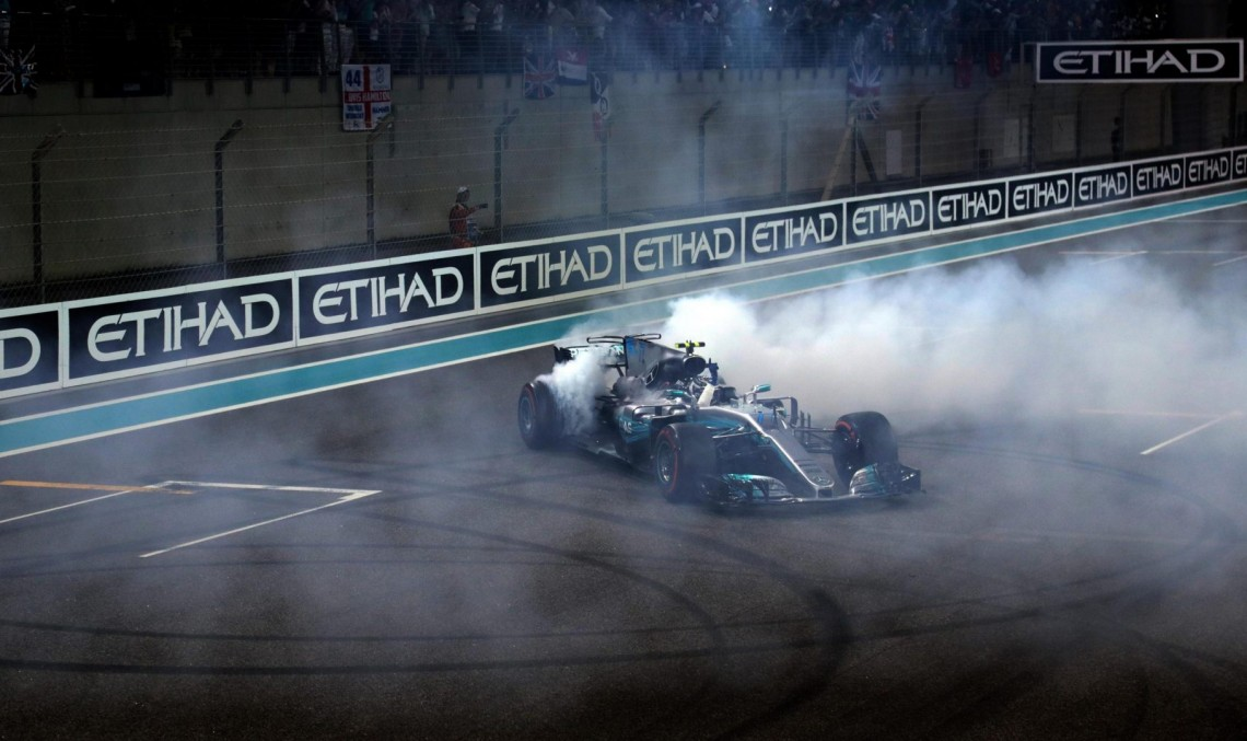 Grand finale of 2017 – Valtteri Bottas wins the Abu Dhabi Grand Prix