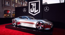 Mercedes-AMG Vision Gran Turismo was the star on the red carpet, at the premiere of Justice League