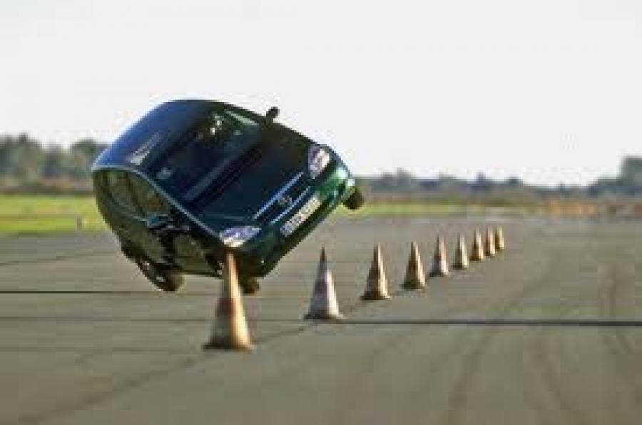 Mercedes A-Class elch test