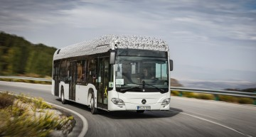 Emission-free through the city: Mercedes-Benz Citaro electric bus