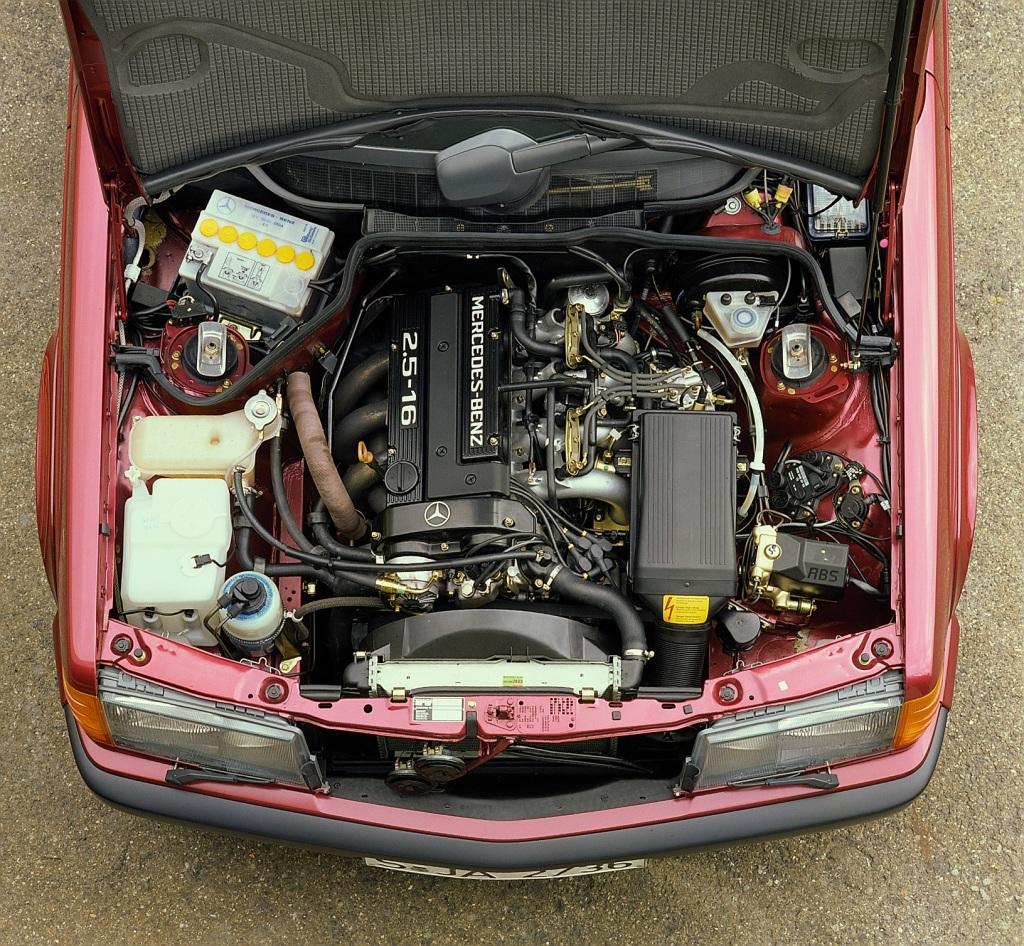 Rare Mercedes-Benz Klassiker: H-Kennzeichen für 190 E 2.5-16 und 560 SE ab 2018