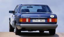 Mercedes-Benz 560 SE (1988 bis 1991) der S-Klasse Baureihe 126. Mercedes-Benz 560 SE (1988 to 1991) of S-Class series 126.
