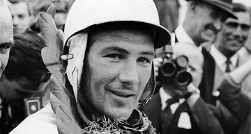 Legendary Stirling Moss retires at 88