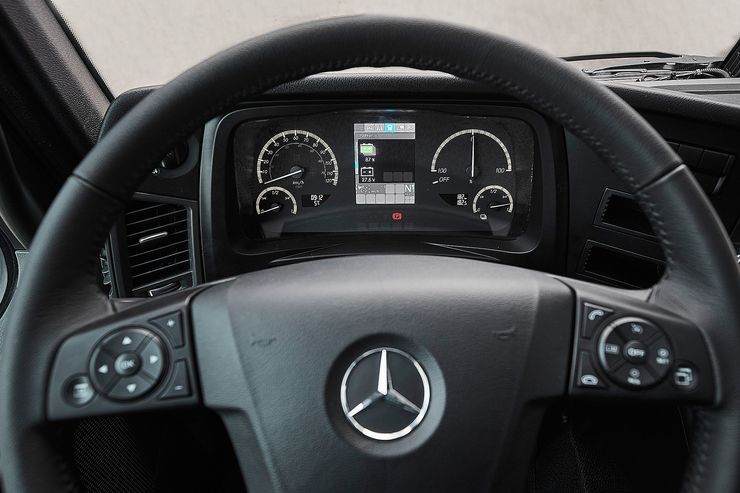 Mercedes-Benz-eActros (3)