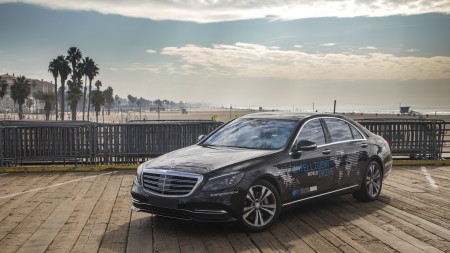 Mercedes-Benz Intelligent World Drive, Mercedes robot taxi