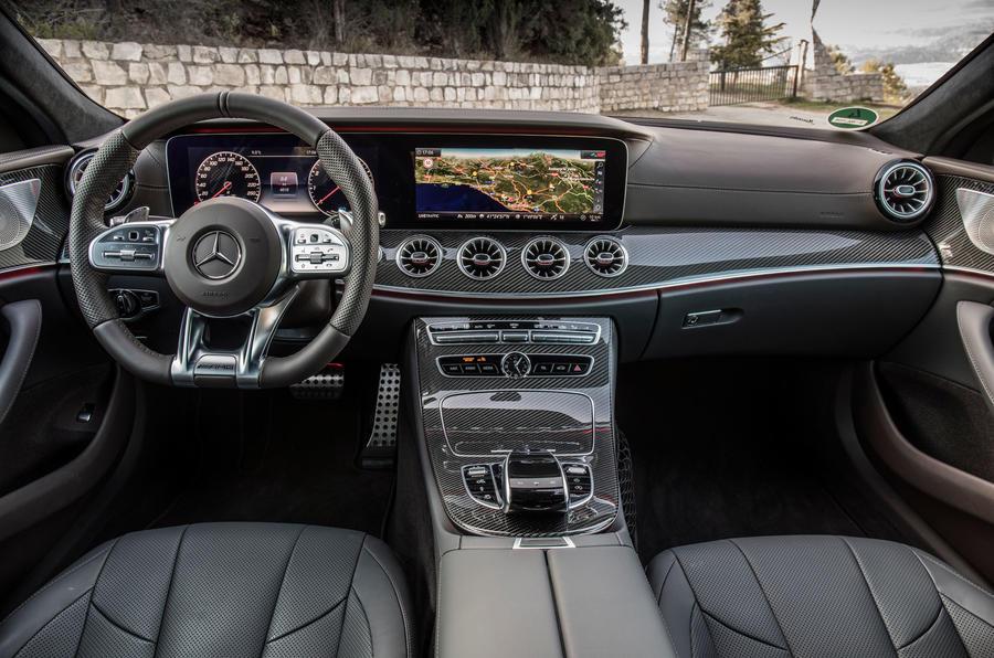 Der neue Mercedes-Benz CLS & Mercedes-AMG CLS 53 4MATIC+ | Barcelona 2018 // The New Mercedes-Benz CLS & Mercedes-AMG CLS 53 4MATIC+ | Barcelona 2018, Mercedes-AMG CLS 53 4MATIC+, graphitgrau Leder Nappa AMG bengalrot/schwarz, (Kraftstoffverbrauch kombini