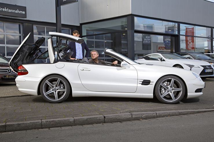 Mercedes SL 55 AMG used guide: High-tech hammer from 2002