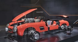 Mercedes-Benz 300 SL Gullwing reborn: Brand new original body parts for Mille Miglia legend