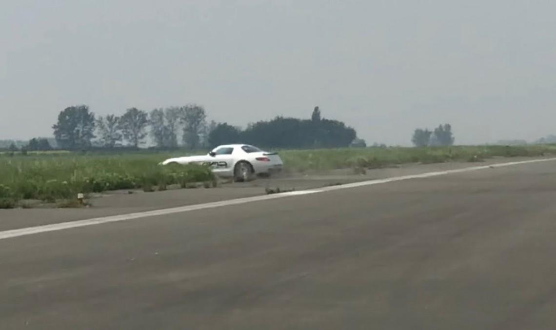 Oops! Wrong turn! Mercedes SLS AMG flies off dragstrip