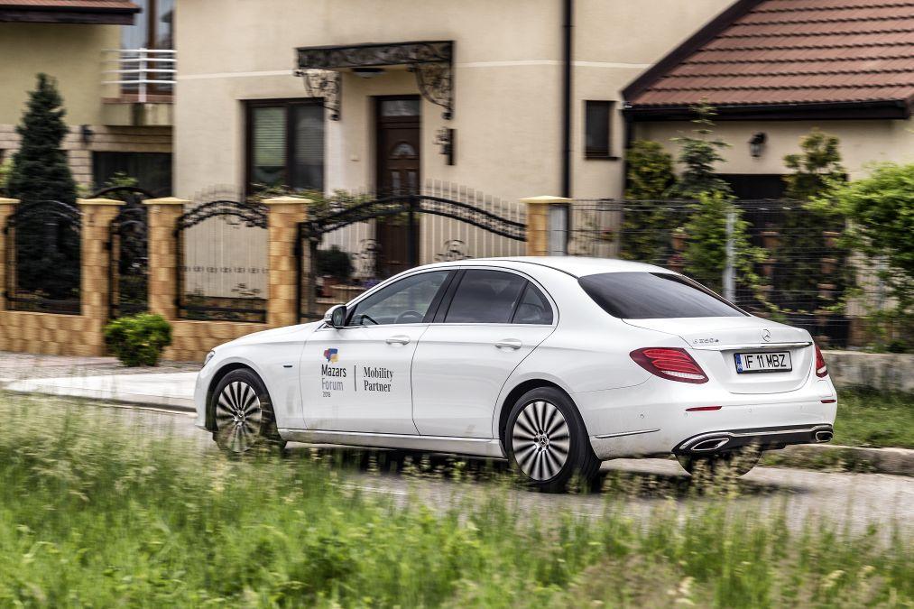 test Mercedes E 350 e vs BMW 530e (28)